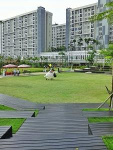 Lapangan nan hijau