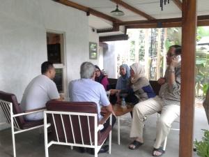 Kumpul asik Bareng Kolega, Keluarga maupun Sahabat