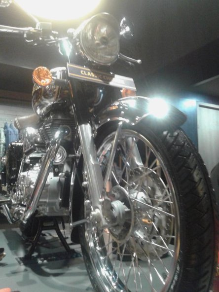 Royal Enfield 4